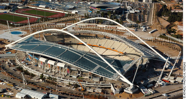 """Το """"νέο"""" Ολυμπιακό Στάδιο της Αθήνας (Αύγουστος 2004)  © """"ΑΘΗΝΑ 2004""""/Κ.ΒΕΡΓΑΣ"""
